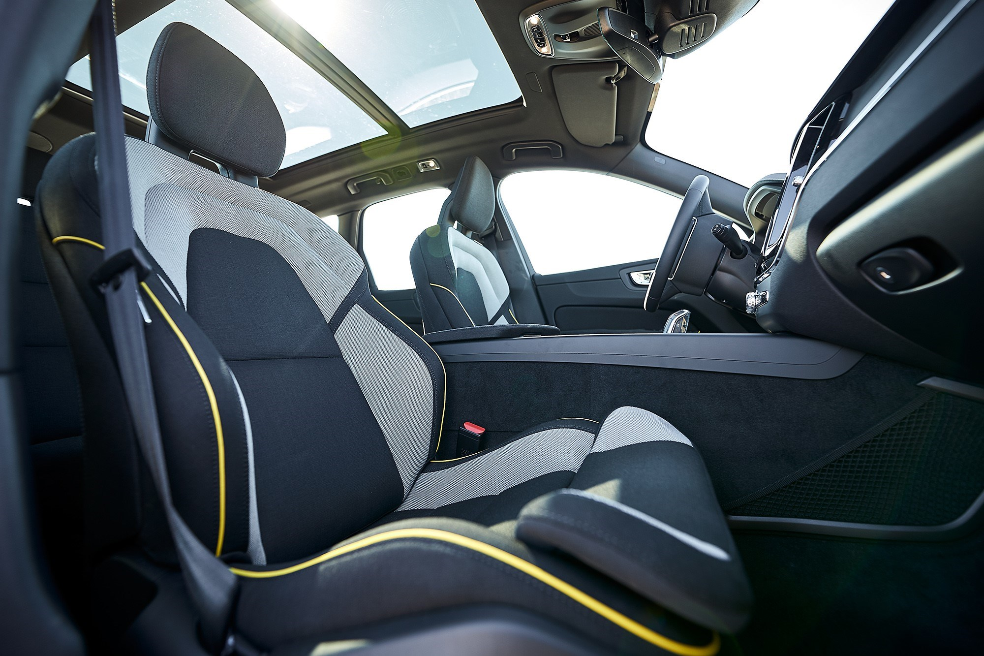 By 2025 It Aims For At Least 25 Of The Plastics Used In Every Newly Launched Volvo Car To Be Made From Recycled Material